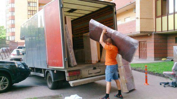 Перевозим диван